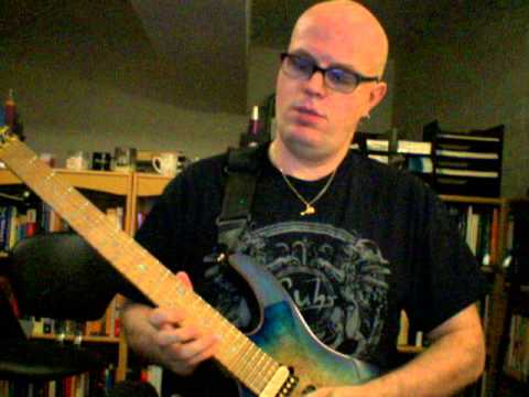 Soloing using rhythmic and melodic curve repetition