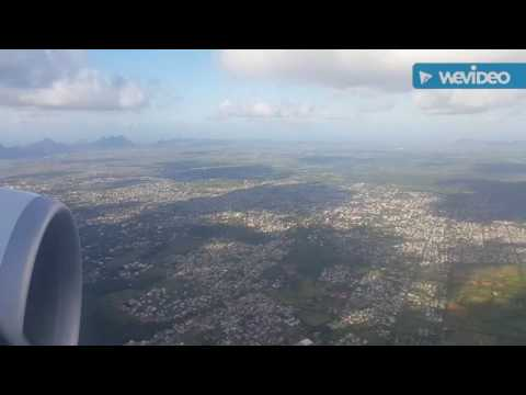 Flight from Reunion RUN to Mauritius MRU with Air Austral Boeing 777-300