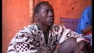 Tchoumpa, les enfants du tourisme, Réalisation : Alexandre Bonche, 1999