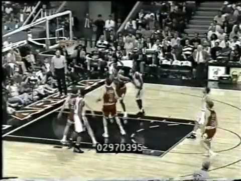 Rex Chapman (39pts/9threes) vs. Bulls (1996)