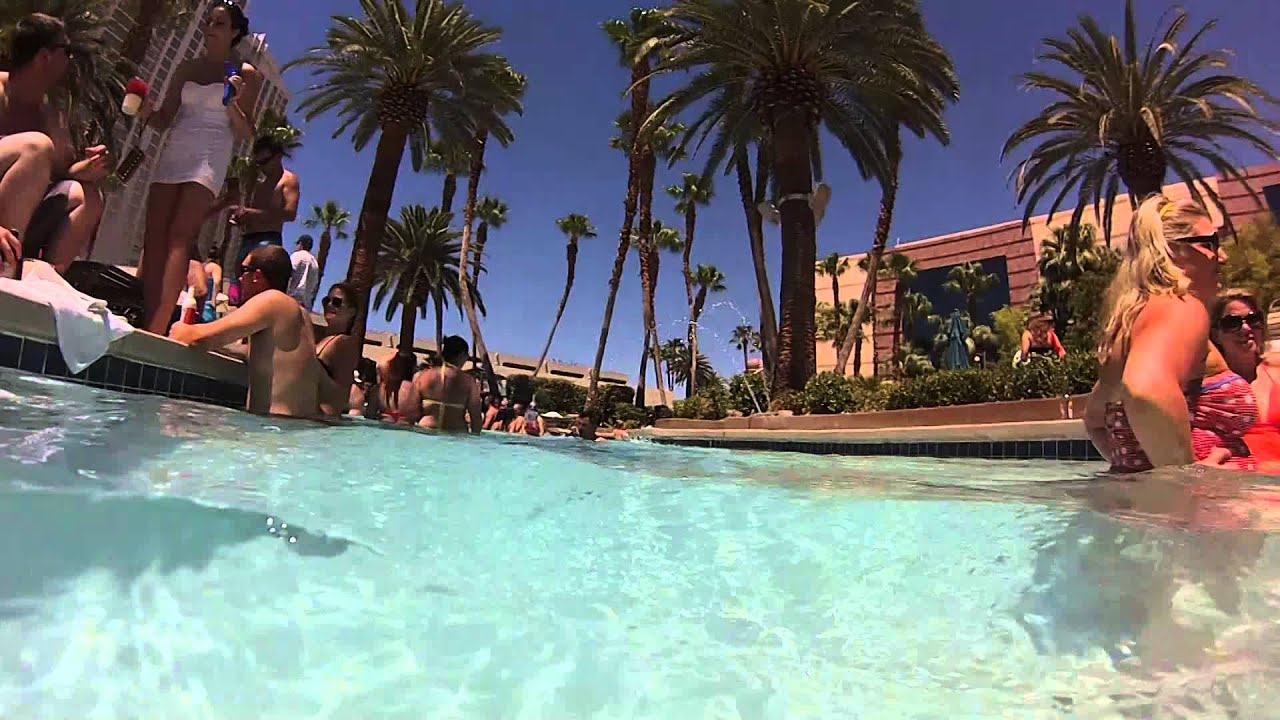 take a spin around the mgm grand lazy river youtube