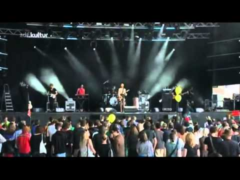 Florrie Left to late Live at Berlin Festival 2011