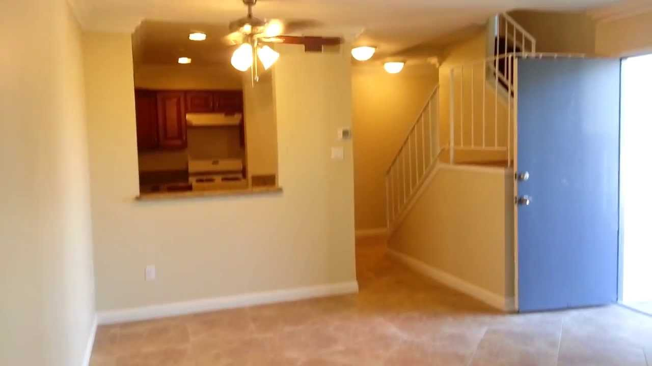 Huntington Beach Townhouse 3 Bedroom 2 5 Bath With Garage Youtube