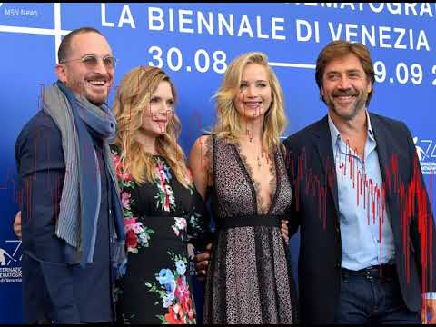 Jennifer Lawrence and Darren Aronofsky Take Romance Public at Venice Film Festival