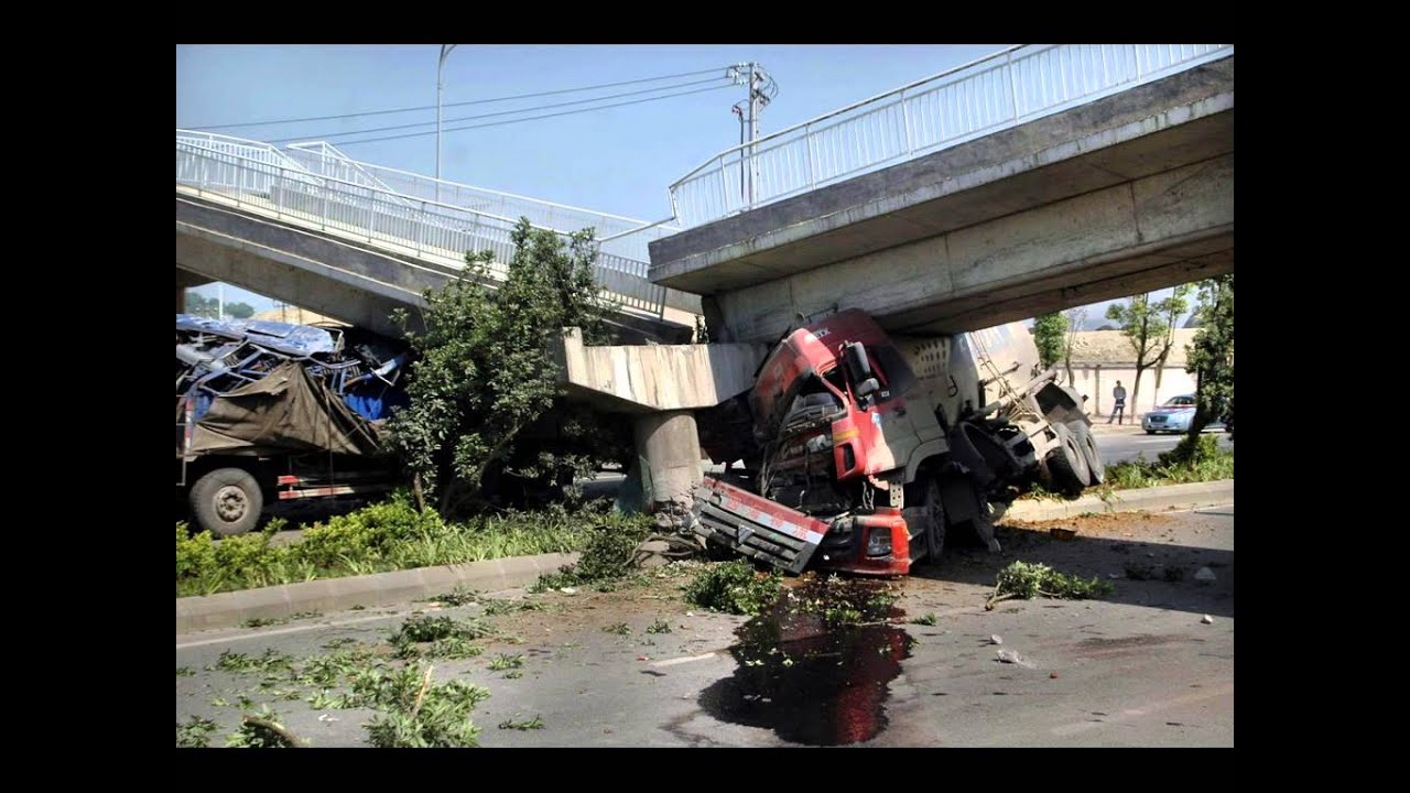 5 Remarkable Ghost Towns Drowned By Damming also Watch likewise Watch also Car Rentals In Cebu Island d6049857 together with Truck Accidents. on car wreck