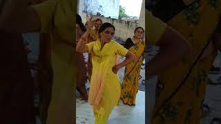 नवरात्रों की माता की स्पेशल बधाई - बाजै बाजै री बधाई - भजन माला