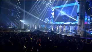 Video [SHINHWA] 15th Anniversary Concert - 으쌰!으쌰! download MP3, 3GP, MP4, WEBM, AVI, FLV Juli 2018