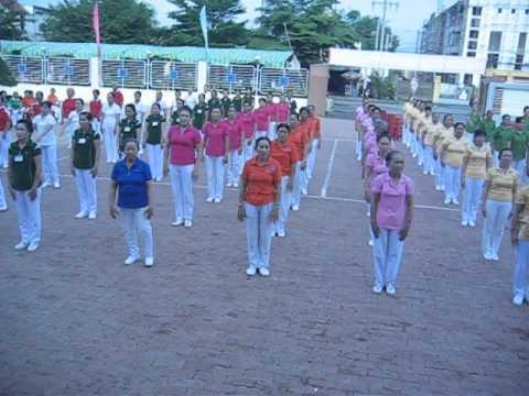 HỘI THI TDDS HUYỆN ĐỨC HÒA LONG AN 2.6.2012 Đồng diễn khai mạc
