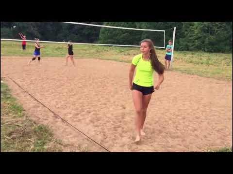 Красивые девушки + жара и мяч = первенство Кингисеппа по пляжному волейболу