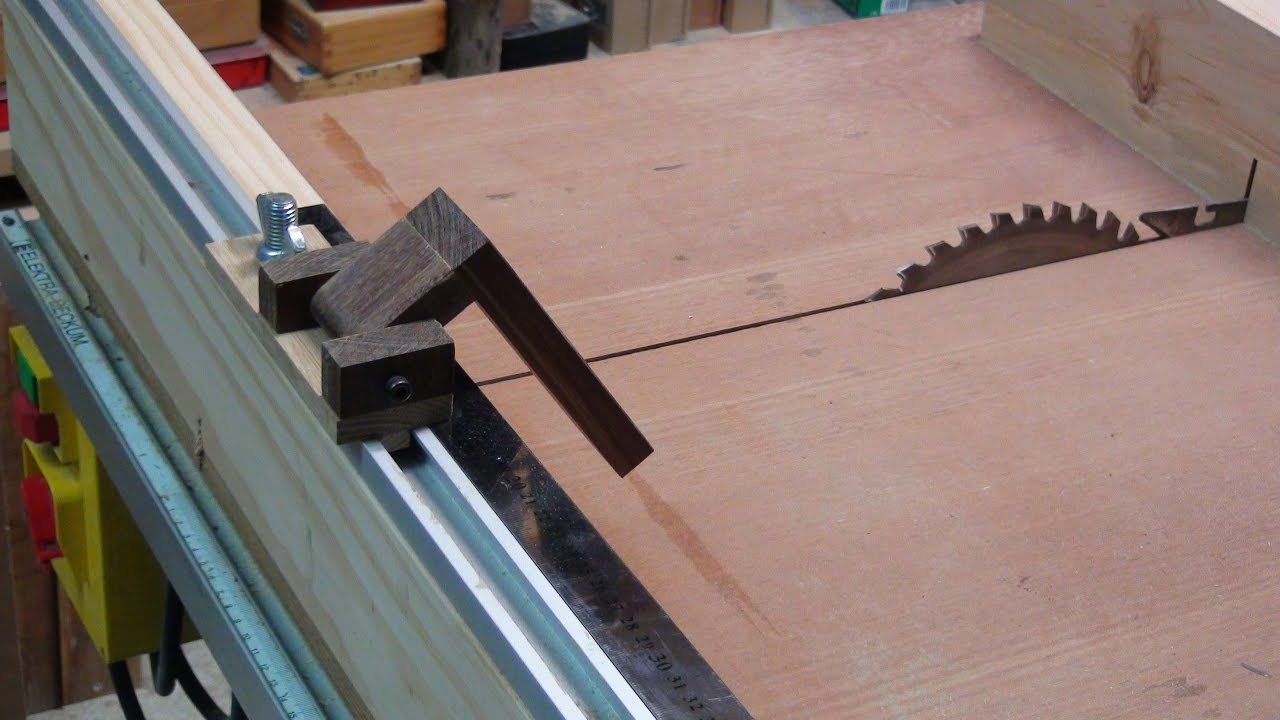 How To Make A Cross Cut Sled To Table Saw Easy Stop Block Youtube