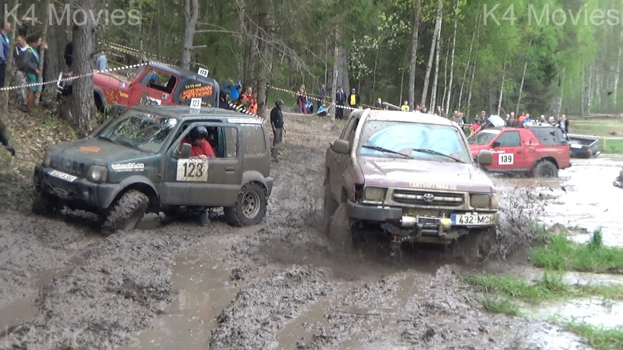 SUVs Off-Road race, vs water field