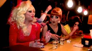 Hot Mess - Sherry Vine & Bianca del Rio feat The Glamazons