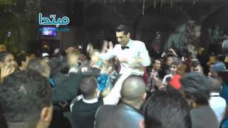 محمد صلاح يرقص على مهرجان مش هتيجي مش هروح طائرا في الهواء