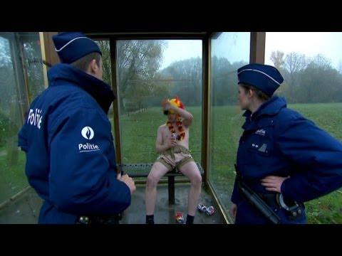 Deze supporter van De Rode Duivels keek iets te diep in het glas   De Buurtpolitie   VTM