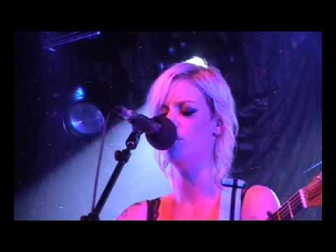 Gin Wigmore - Hallelujah (Live at the Auckland Power Station Nov 28th) HQ