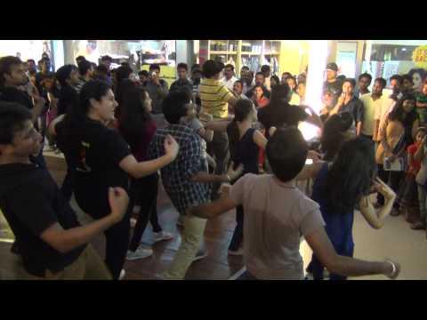 Flashmob Focus Mall Calicut IIM Kozhikode Footvibes 2014 Feb 16