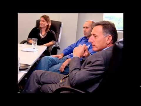 Vermont Governor Peter Shumlin Visits Global-Z