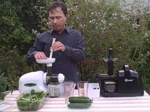 Lexen Healthy Juicer Electric vs Omega 8003 - Spinach and Cucumber Juice Off