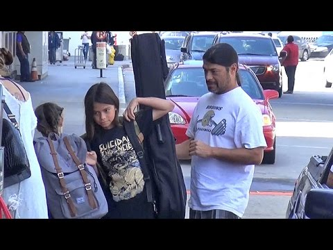 Metallica Bassist Robert Trujillo Drops Family Off At Airport
