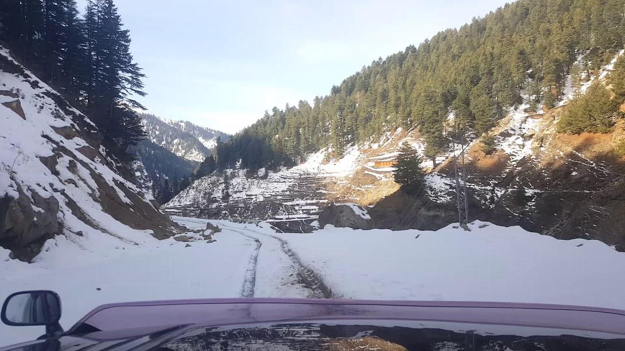 Driving in snow at Naran - Northren Pskistan in Winter 2018