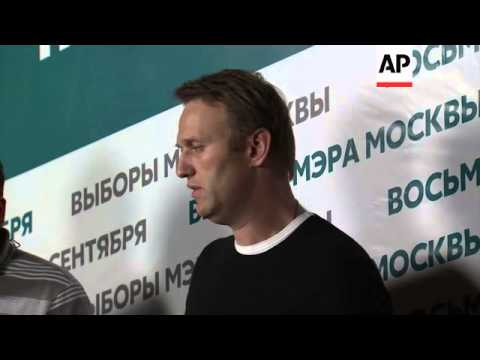 Supporters incumbent Sergei Sobyanin hold rally, Navalny comments, officials give preliminary result