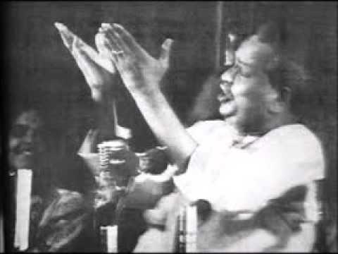 Pandit Kumar Gandharva sings Raga Bhoop.