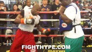 """FLOYD MAYWEATHER RESPONDS TO CANELO REMATCH TALK: """"YOU ALREADY KNOW WHAT IT IS WHEN YOU FACE ME"""""""