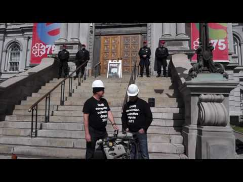 Striking Montreal Engineers Protest In Front of Montreal City Hall 00086