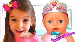 КУКЛЫ ПУПСИКИ Настя и ЭМИЛИ СОБИРАЮТСЯ на Прогулку КАК МАМА Видео Для Детей / Magic Twins