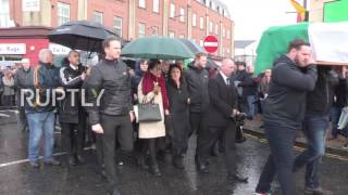 UK: Coffin of late Sinn Fein leader Martin McGuinness carried home in Derry