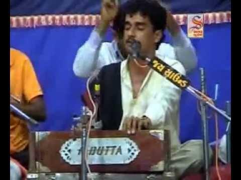 hari gadhvi & yogesh puri goswami.flv