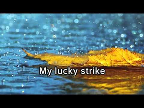 Maroon 5 - Lucky Strike (Karaoke and Lyric Version)