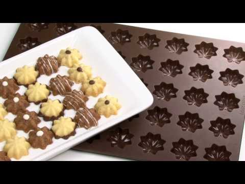 Pan for crescent-shaped vanilla rolls, nuts, stars and sea shells TESCOMA DELÍCIA SILICONE