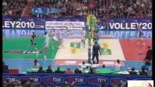 Azione Tim Cup A1 (commento Fabrizio D'Alessandro da volley time web, video da rai)