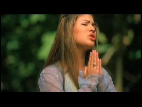 "MYRA - ""SIEMPRE HAY MILAGROS"" - Music Video"