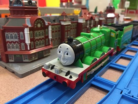 Henry the Green Engine at Tokyo Station -...