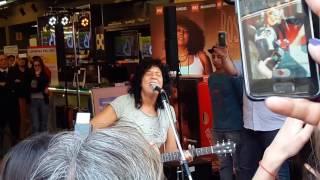 """ROSANA Cantando """"El Cielo Que Medas"""" En La Firma de Autografo En Argentina 2016"""