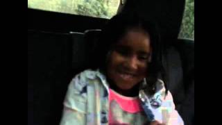 Jhené Aiko rapping against her daughter Namiko