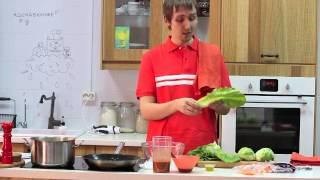 Паста с томатным соусом и салат из тыквы, моркови и свеклы