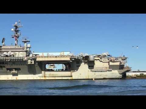 USS Ronald Reagan - Brisbane Port