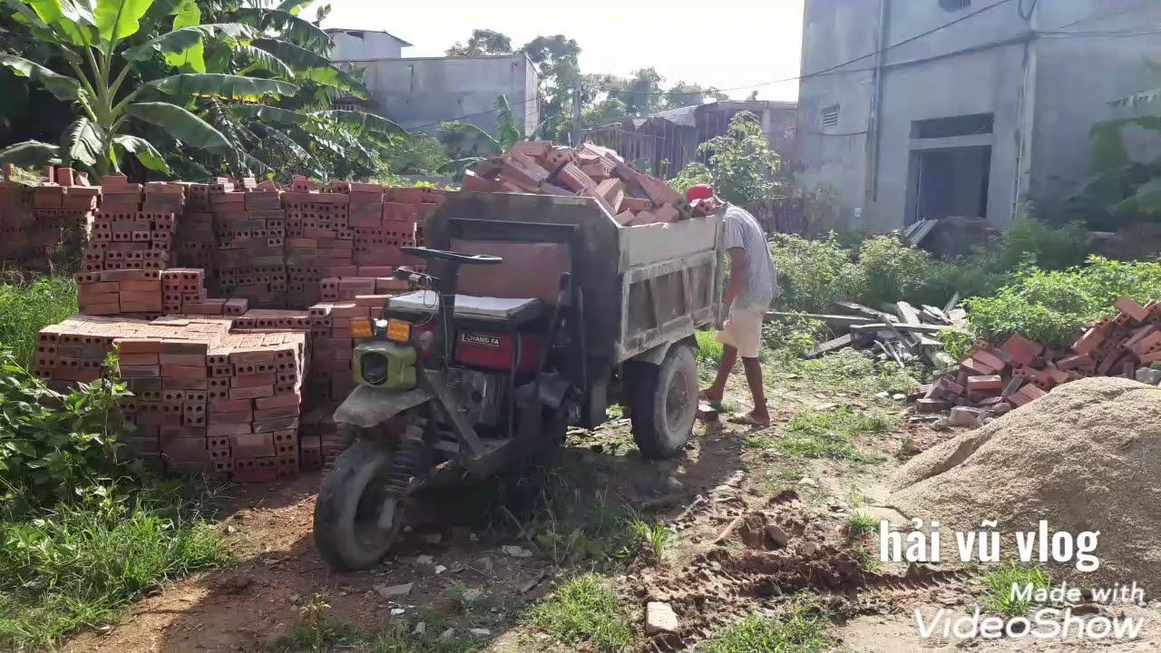Xe công nông ba bánh vận chuyển gạch xây dựng #