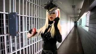 Judy Tenuta - Hot Bra Cones.mp4