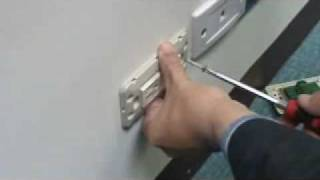 更換雙插頭插座開關
