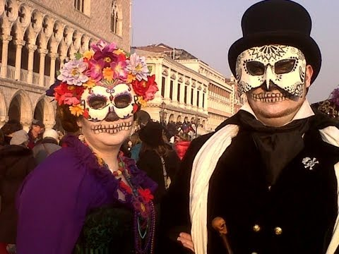 Venice Travel -- HOW to FIND BEST Venice Carnival music