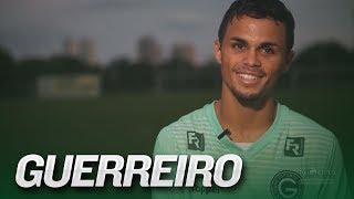 A emocionante história de Michael, atacante do Goiás