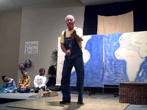 Steve Levitt performs at Sterling Montessori Academy and Charter School