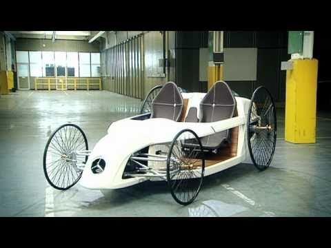 画像: The F-CELL Roadster youtu.be