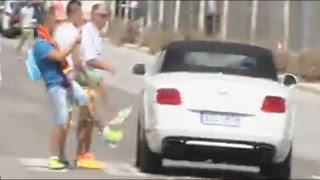 Gareth Bale Insulted After Leaving Training Session | Bale insultado en Valdebeba | HD