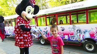 Mickey and Minnie Mouse outdoor activities - train race for kids