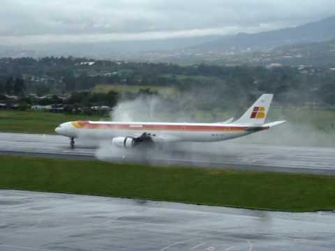 IBERIA 340-600... ATC MROC, Costa Rica...